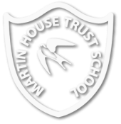 martinhouse-logo-white